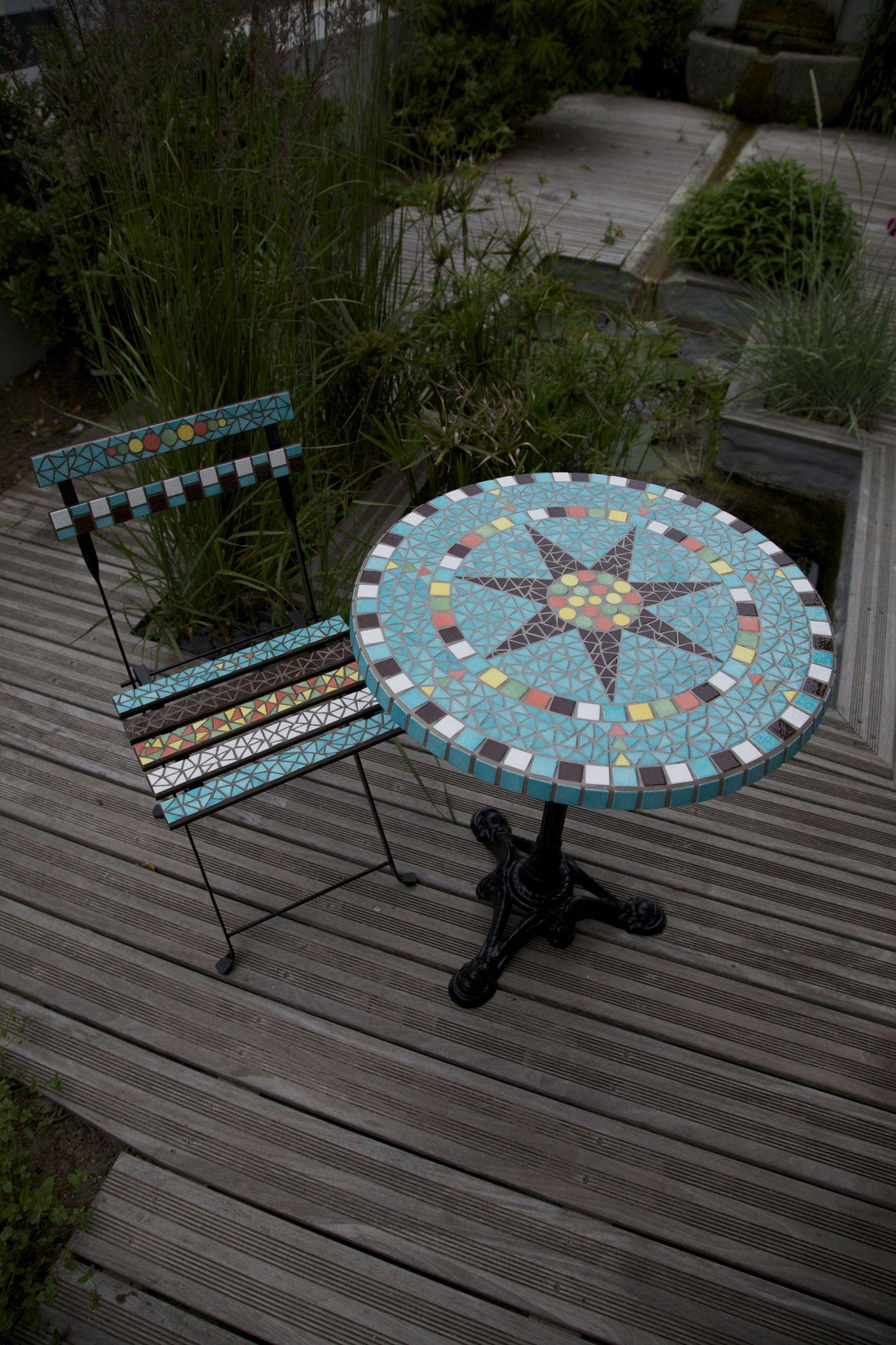 Ensemble table et chaises de jardin en mosaïque \