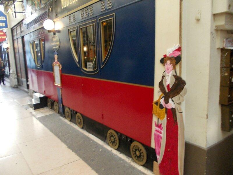 Victoria station -passage-DSCN0473