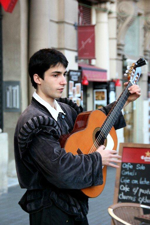 Barcelone - Mont-Juic, musicien_6181