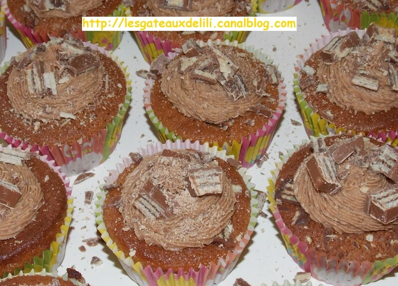 2014 04 19 - cupcakes kit kat (6)