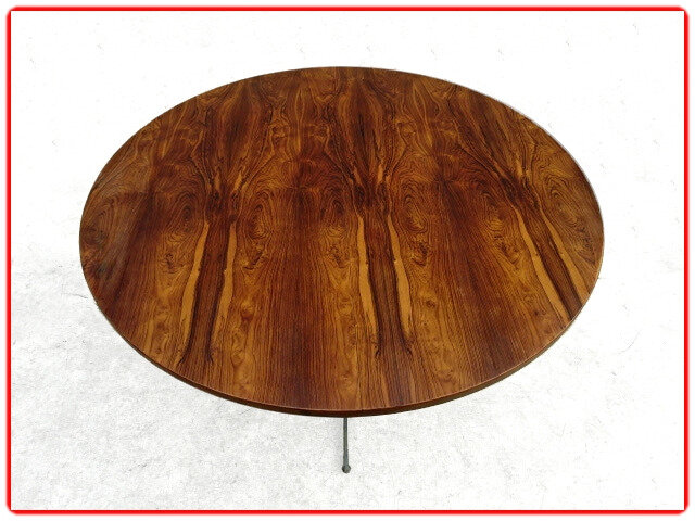 Table design J. Zalszupin jacaranda 1980