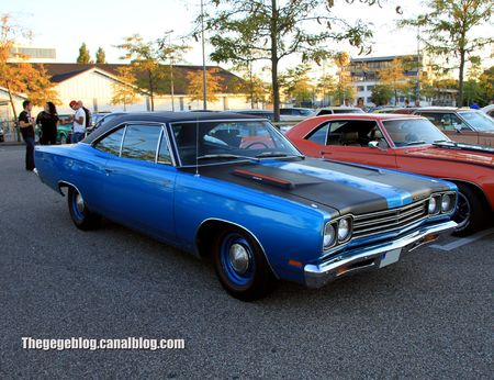 Plymouth road runner hardtop coupe de 1969 (Rencard Burger King septembre 2012) 01