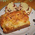 Cake au saumon, à la mozzarella et aux tomates séchées
