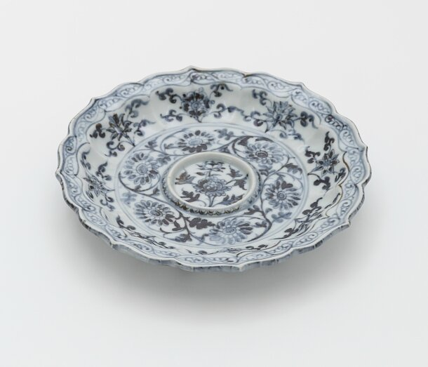 Blue-and-White Cup stand, late 14th century, Hongwu period (1368 – 1398), Ming dynasty (1368 – 1644)