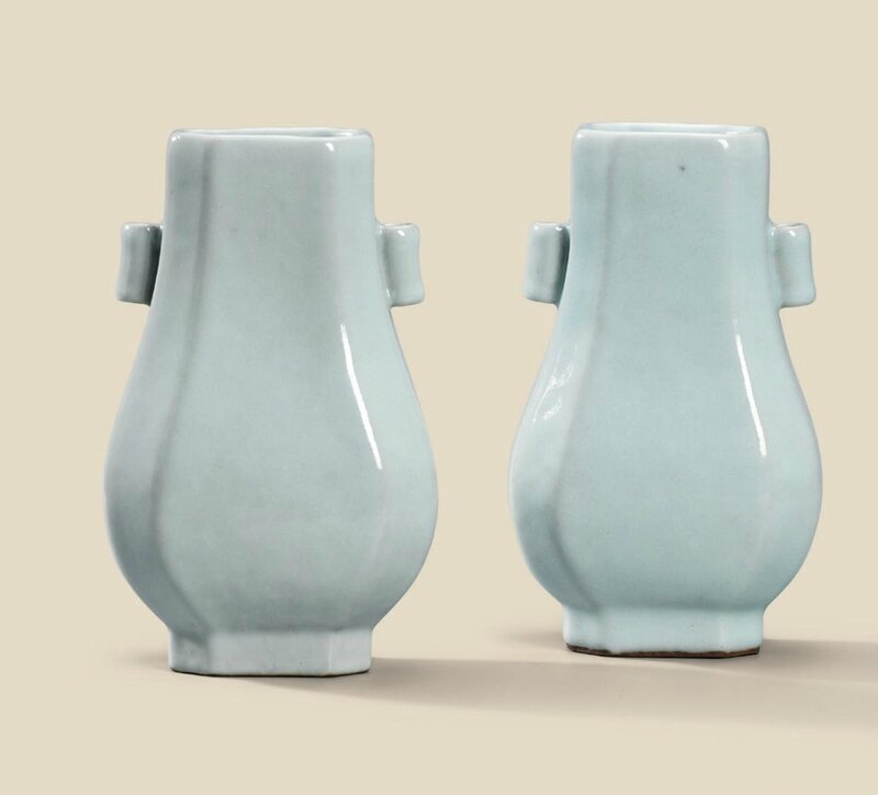 A fine pair ofguan-type glazed octagonal vases, Qianlong six-character seal marks in underglaze blue and of the period (1736-1795)