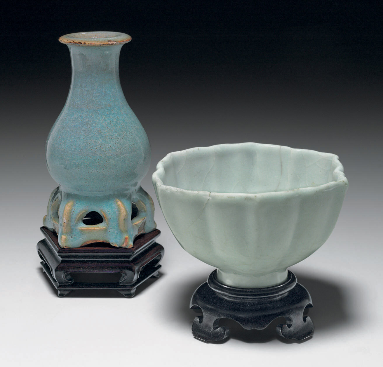 An unusual small Junyao vase, Jin-Yuan Dynasty, 13th-14th century