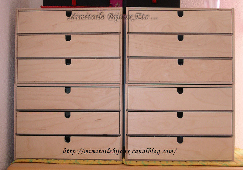 mimitoile et les rangements mimitoile bijoux etc. Black Bedroom Furniture Sets. Home Design Ideas