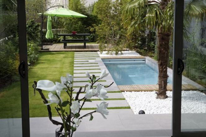 bois-et-eau-pour-une-piscine-feng-shui-3010-664-0