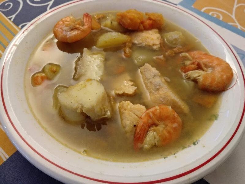 Colombo de poissons et crevettes aux patates douces