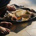 Repas sur le pouce (de pied?)