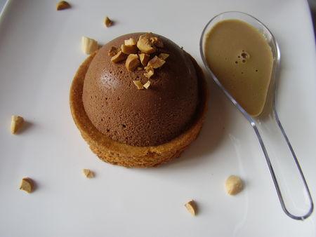 Dessert_individuel_au_pralin___au_chocolat_noir_et_chocolat_lait_001