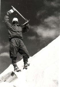 Herzog_au_sommet_de_l_Annapurna_01