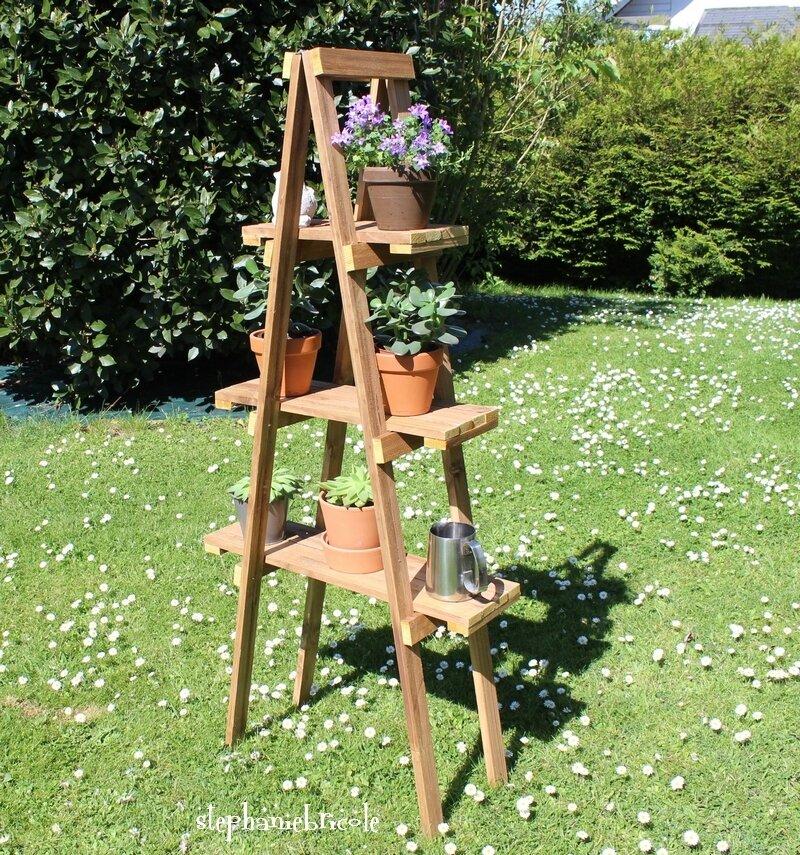 """DIY - Une """"étagère-échelle"""" déco pour le jardin"""