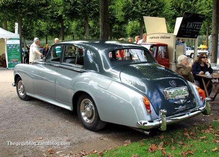 Bentley type S3 berline de 1965 (9ème Classic Gala de Schwetzingen 2011) 02