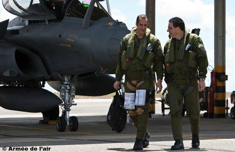 vol-d-echange-sur-rafale-d-un-pilote-bresilien