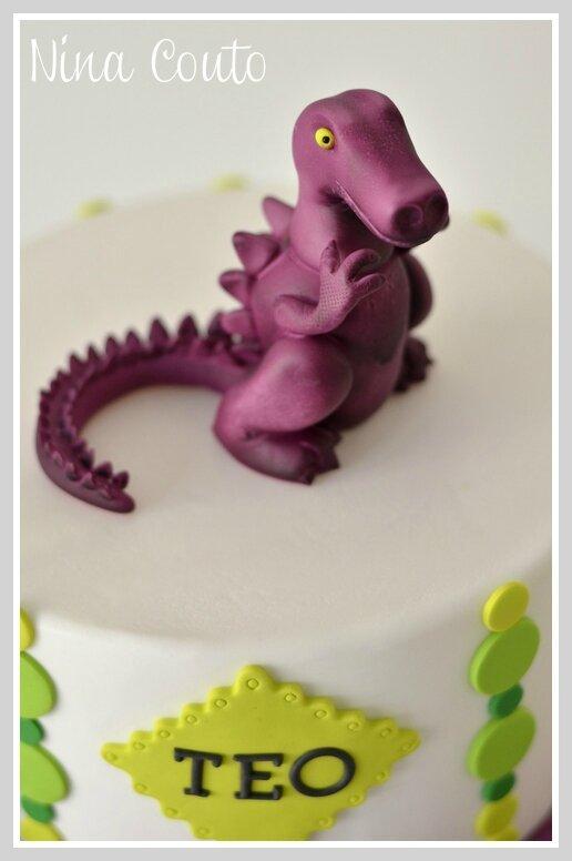 gateau anniversaire Nimes Dinosaure 8