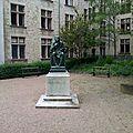 Statue de louis xi par j. baffier
