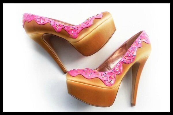 Shoe Bakery Cake Collection Pink Sprinkle Heels