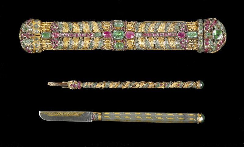 AAM Pearls on a String jeweled gun pen box and accessories EX2016