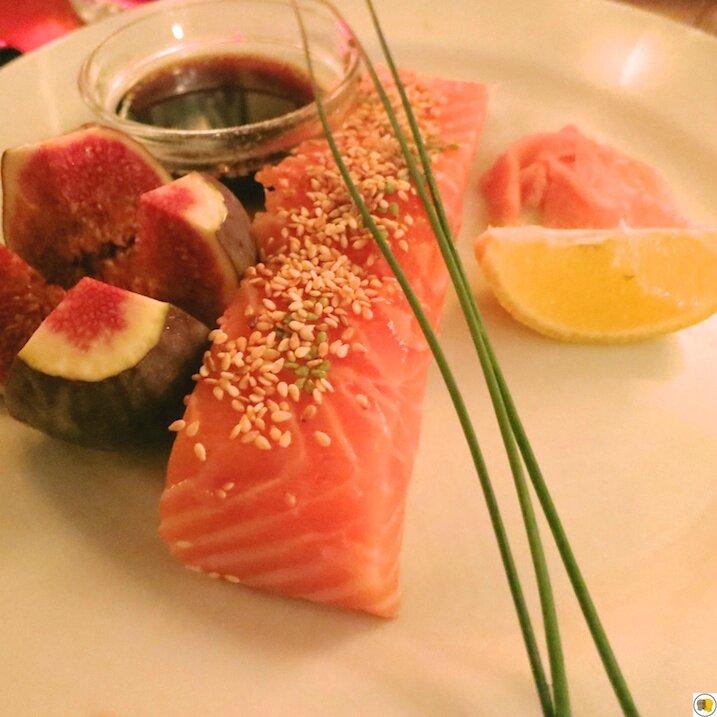 Le pavé de saumon cru, figue fraîche (1)