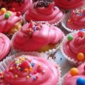Cupcakes pépites de chocolat nappage rose