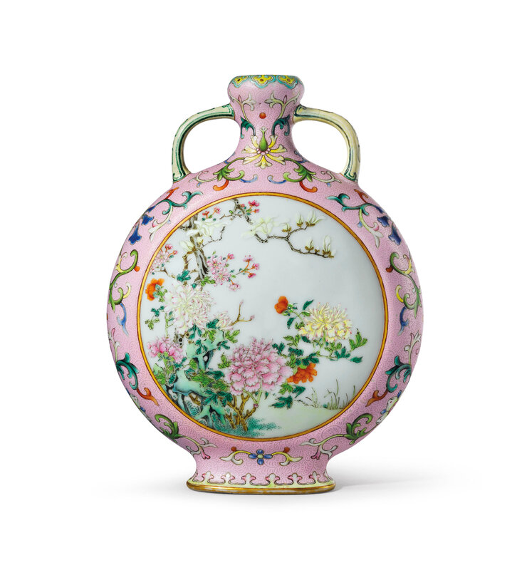 2020_HGK_18243_0334_001(a_rare_and_exceptional_small_pink-ground_famille_rose_moonflask_qianlo114418)