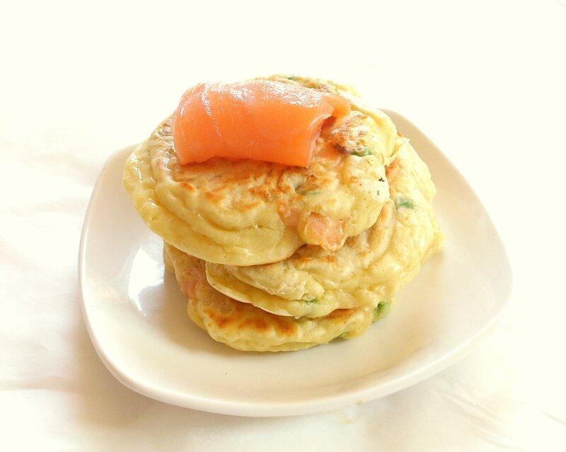 pancakes salé au saumon fumé et aux petits pois 2