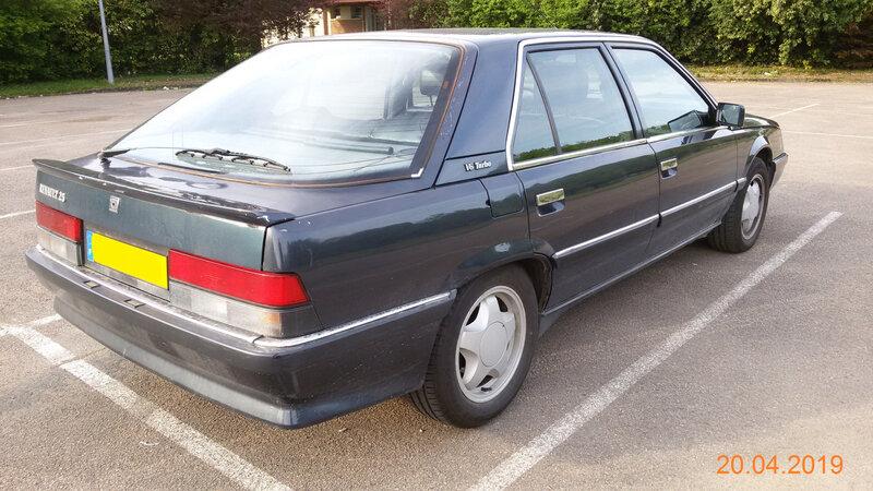 2-Renault 3-4 arrière droit