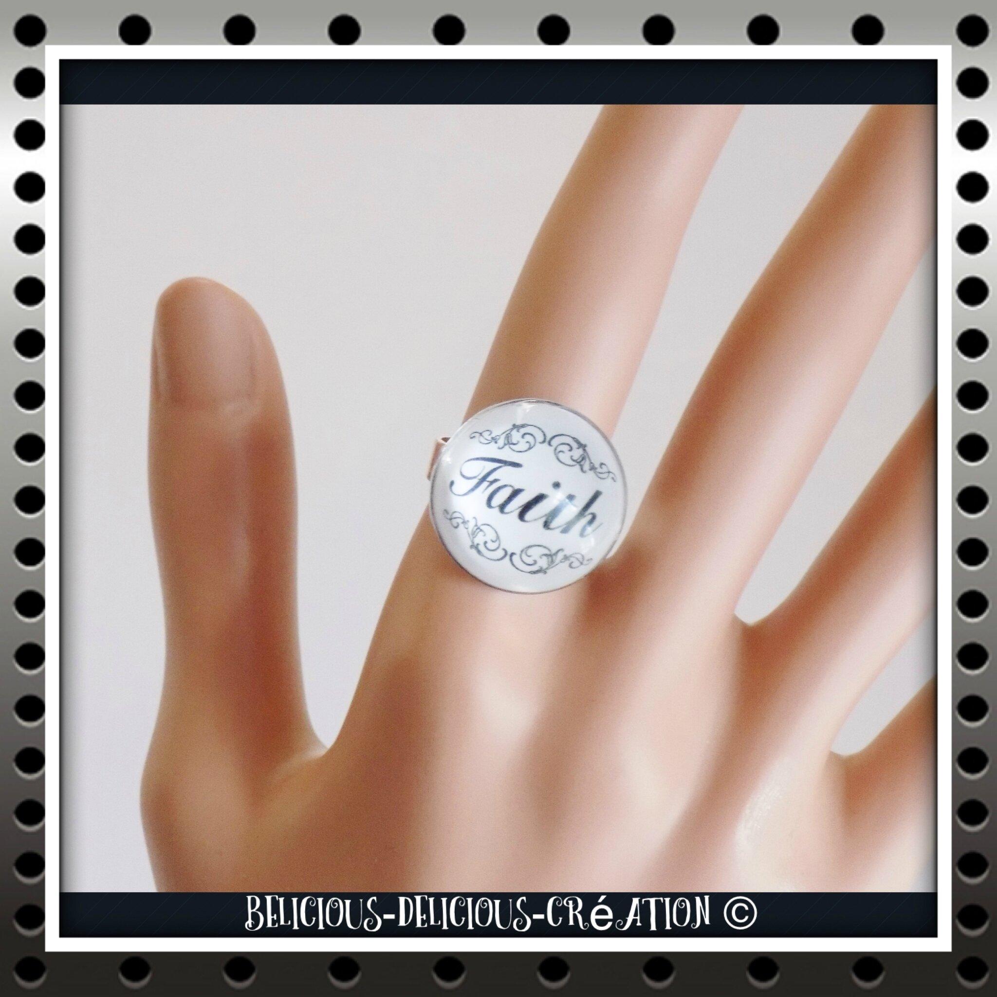 Original Bague !! FAITH !! noir En Verre et Metal Bague anneau réglable BELICIOUS-DELICIOUS CREATION