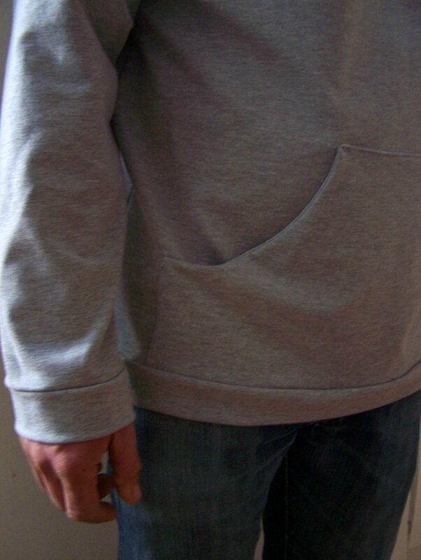 Sweat capuche gris (2)