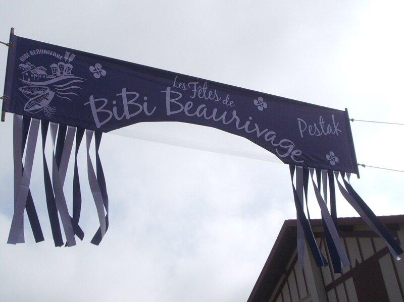 banderole aux portes du quartier