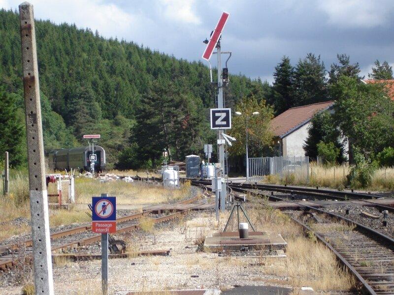 La Bastide : départ du TER corail en direction de Langogne