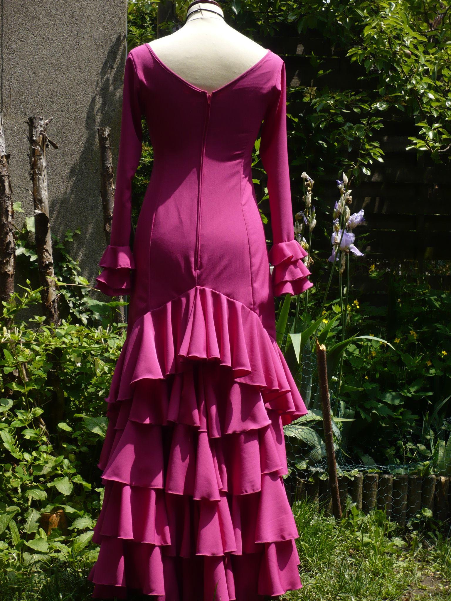 Robe de flamenco en crêpe fuschia