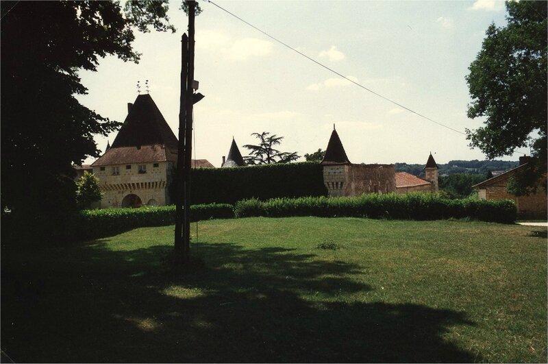 pavillon et enceinte nord-est