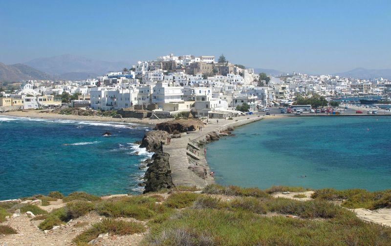 Trois jours à Naxos: un vrai dépaysement et un ravissement esthétique et  culinaire! - Le salon de thé de Nathalie