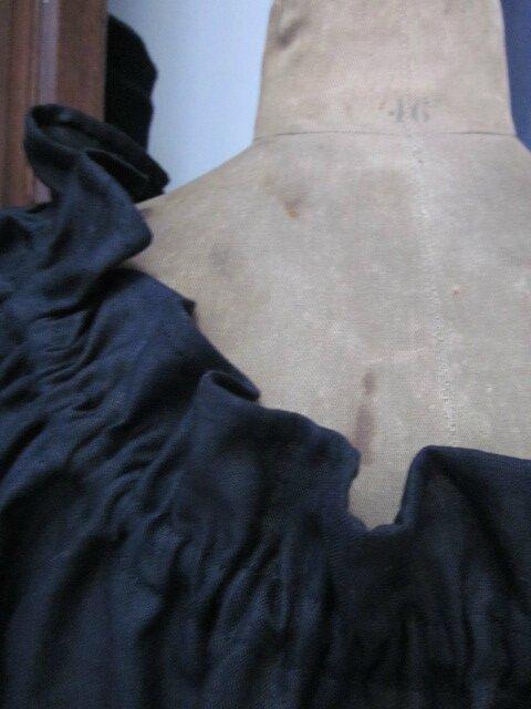 Robe Albane en lin noir rallongée de 20 cm taille 58 (6)