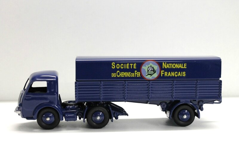 #10-Panhard Movic SNCF