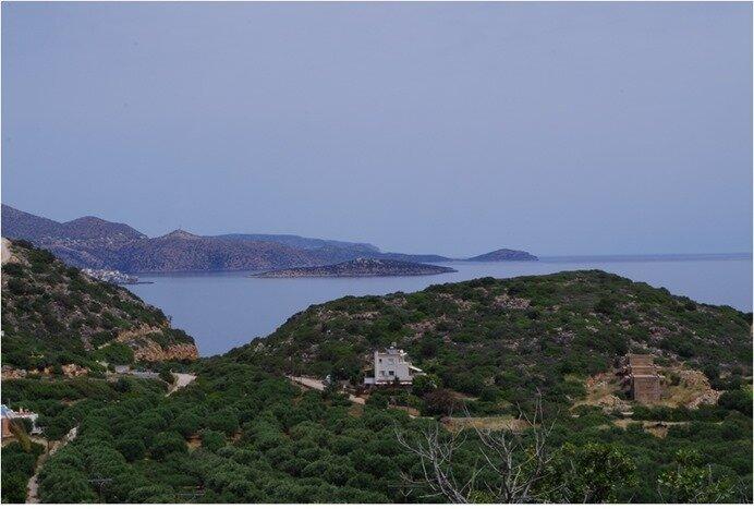 près Agios 1