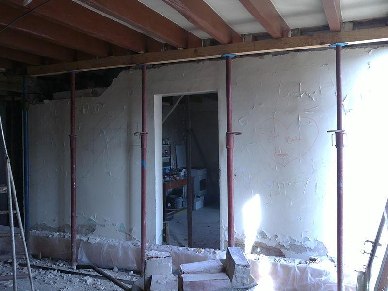 on tombe le mur porteur on est chez nous. Black Bedroom Furniture Sets. Home Design Ideas