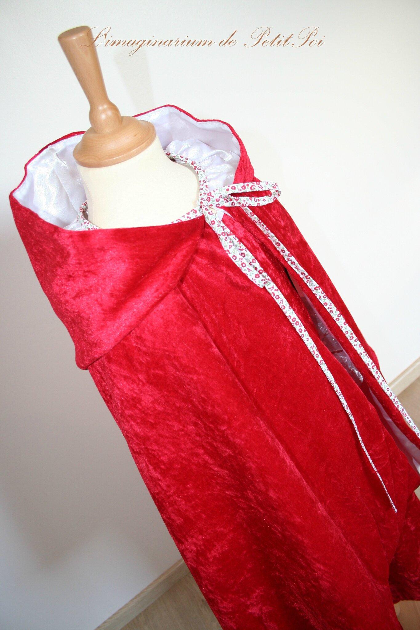 Cape médiévale à grande capuche + robe rouge velours - L'imaginarium de PetitPoi