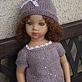 A vendre pull et bonnet neuf pour poupée maru ou kidz