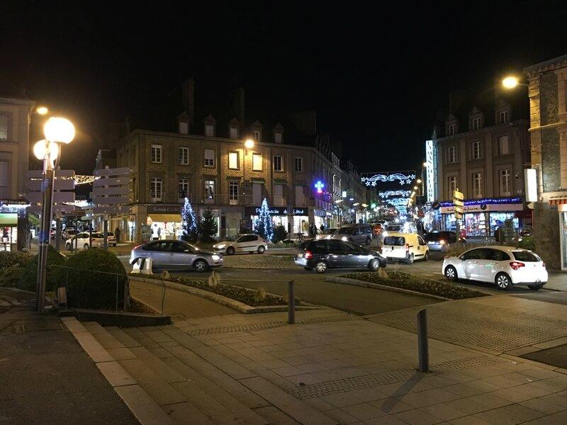 Avranches Noël illumination rue de la Constitution place Littré 2016