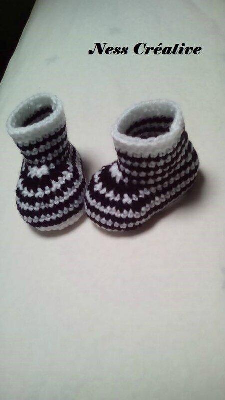 Chaussons zébrés et bandana d'hiver noir et blanc...