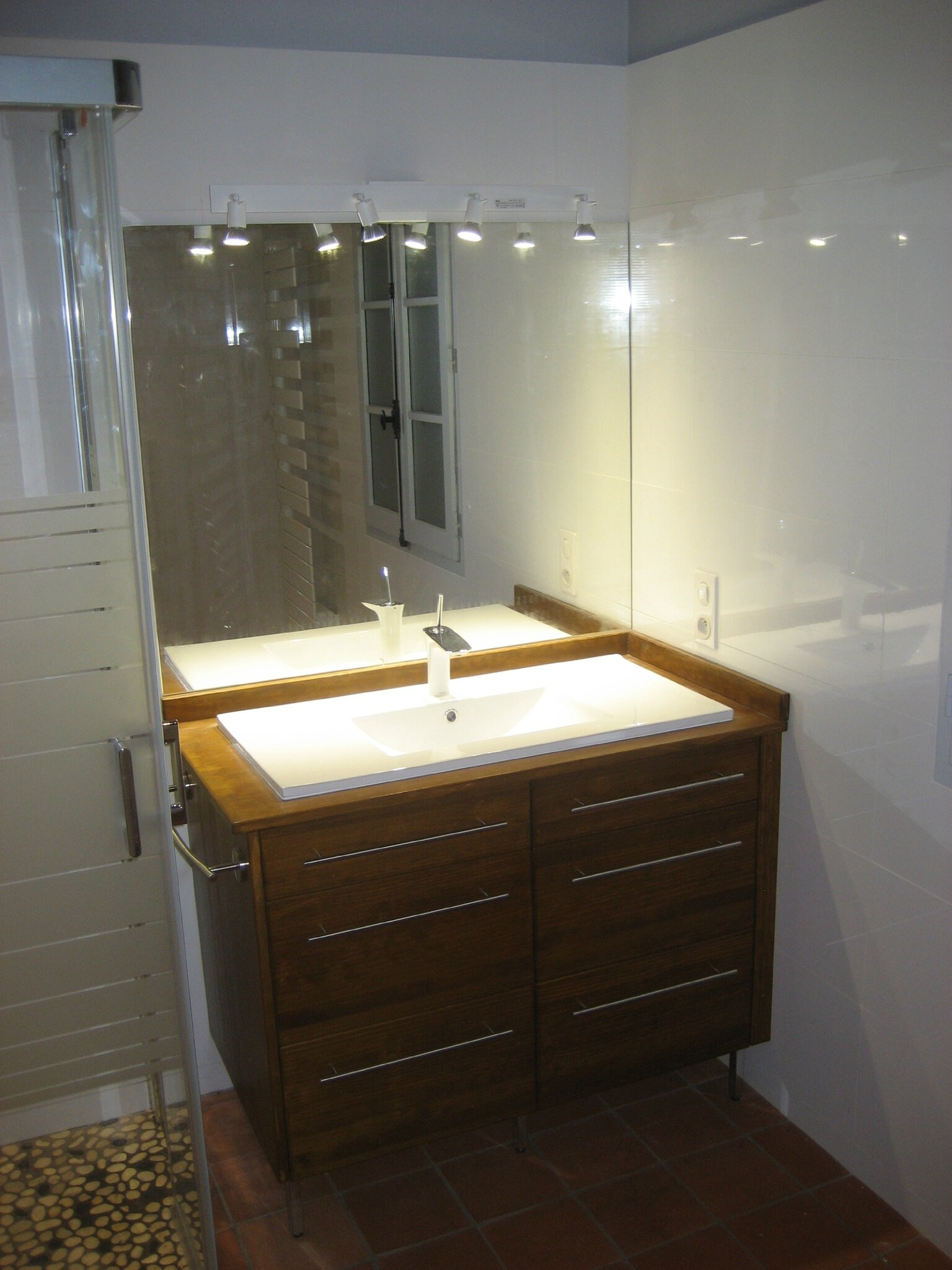 Meuble de salle bain, une grande vasque. - Menuiserie ...