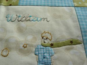 Carnet de santé William - Broderie Det2