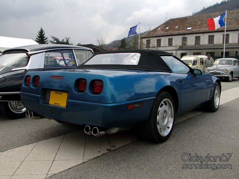 chevrolet-corvette-c4-convertible-1991-1996-02