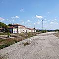 Carpentras (Vaucluse - 84) Ancien BV côté voies