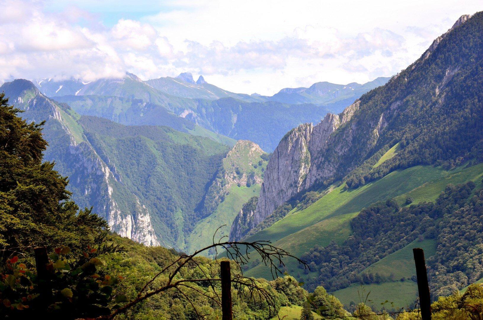 Vallée d'Aspe et Massif de Sesque...