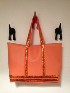 Sac VB orange suspendu