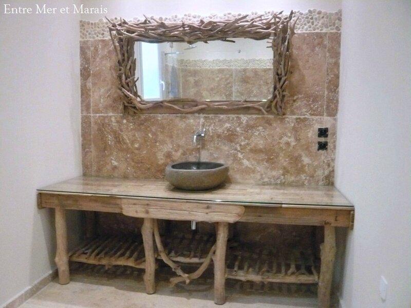 salle de bain bois flotté